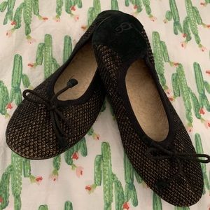 Ugg Black & Tan Wool Ballet Flats. Never worn